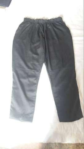 pantalon formal negro en drill marca tenis