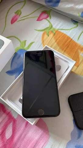 Iphone 7 de 32GB en caja con todos sus accesorios 7 meses de uso