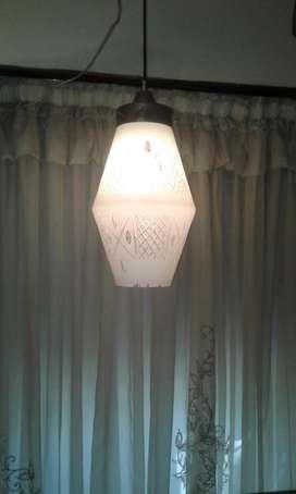 GRAN LAMPARA DE TECHO DE OPALINA BLANCA BRILLANTE TALLADA