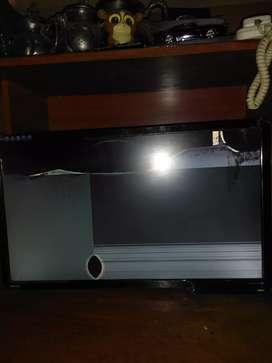 Monitor benq et-0027-b pantalla rota