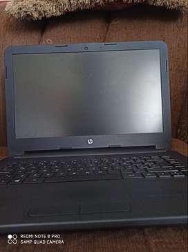 Laptop HP 240 G4, Core i3, 1 Año de Uso