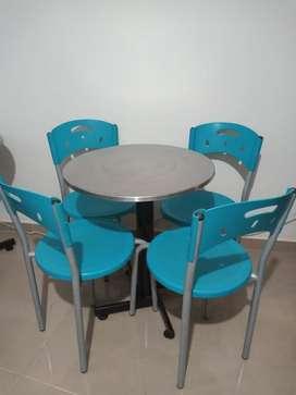 Juego mesa y sillas para negocio