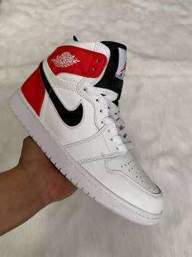 Tenis en bota Nike Jordan Retro 1 caballero