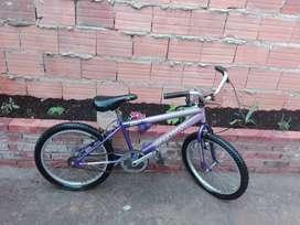 Vendo dos bicicletas niñas