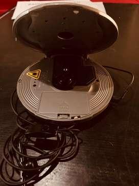Vendo discman SANYO, reproduce MP3 y Cd. Incluye auriculares