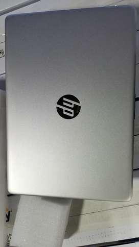 Portátil HP 2056la Core i5 ,8 de Ram, 1TR Nuevo