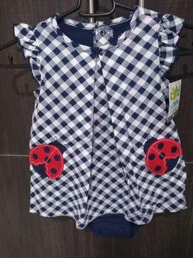 Vestido de niña marca carter's 18 meses