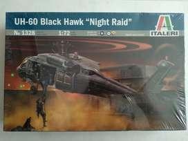 "Helicóptero armable. UH-60 Black Hawk ""Night Raid"""