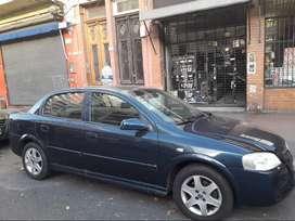 Astra 2006 , 4 puertas
