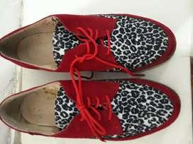Zapatos Rojos con animal print