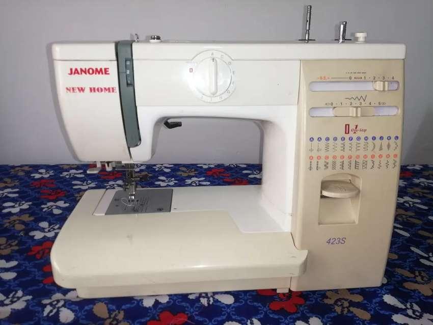 Maquina de coser janome 0
