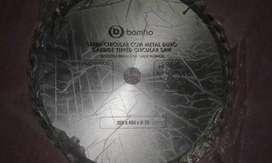 Sierra circular marca Bonfio( industria brasileña)