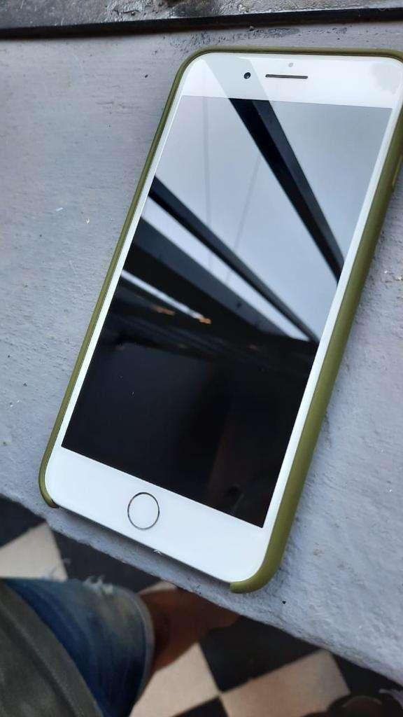 Iphone 8 plus (vendo/permuto) 0