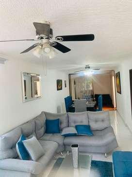 Vendo sala, comedor incluye accesorios tapete, espejo, porcelanas, cuadro 2 mesas de centro. Motivo viaje fuera del pais