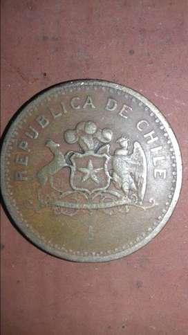 Moneda de 100 pesos chilenos 1981.