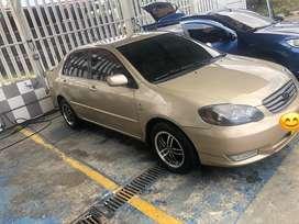Toyota corolla modelo 2004