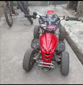 Linda Moto escuadrón $300