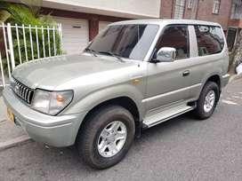 Vendo Toyota Prado en perfecto estado 2006