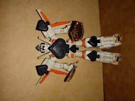 Figura Robot Picas (espada)