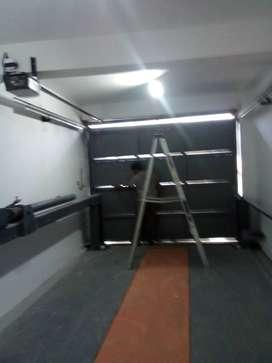 Fabricacion e instalación de puertas levadizas