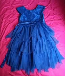 Vestido de noche para niña. NUEVO