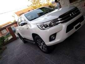 Toyota Hilux srx automática