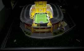Se vende maqueta de estadio del Barcelona con luces
