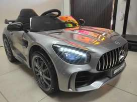 Carro niños 12 voltios Mercedes Benz amg llantas de gomas