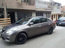 Vendo Nissan Versa