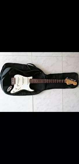 Guitarra Squier stratocaster Affinity