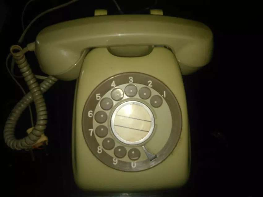 Teléfono de disco 0