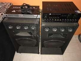 Amplificador más ecualizador y bocinas