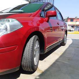 Seminuevo- Nissan