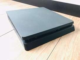 Playstation 4 SLIM 500Gb Sin control