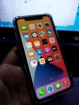 Vendo Iphone 11 impecable 64gb
