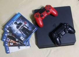 Play Station 4, marca Sony, de 2 años de antiguedad