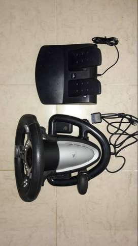 SE VENDE TIMON SIRVE PARA  PLAY STATION 3 Y PC