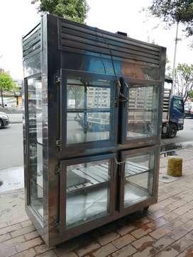 Hermosa nevera de refrigeración vertical panorámica