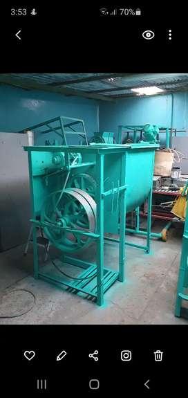 MEZCLADORA CONCENTRADOS 500 kg