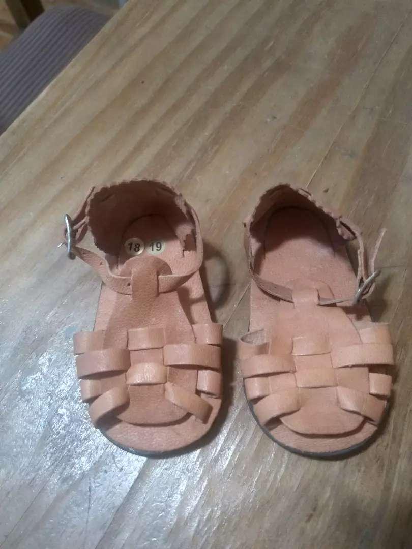 Sandalias de bebé cuero 18/19 largo 12 CMS un solo uso 0