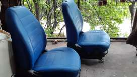 Vendo par de asientos extras para  kangoo parnet berlingo...