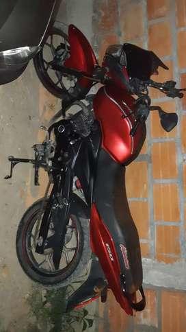 Vendo moto en buen estado x motivo de viaje
