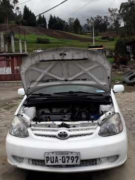 De oferta vendo Toyota Yaris