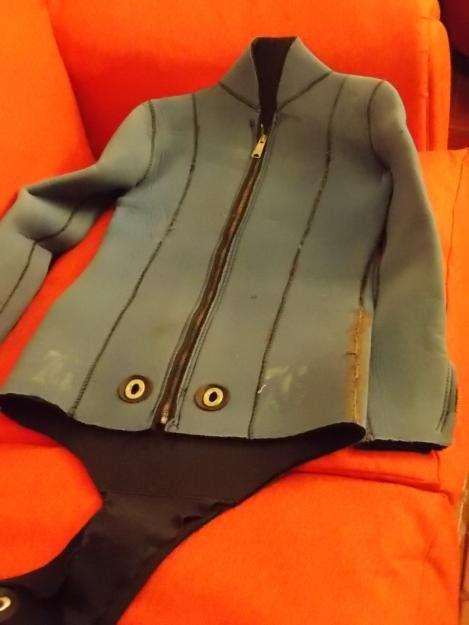 traje neoprene 6 mm de buceo usado 0