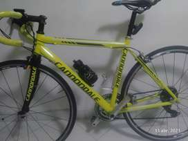 Vendo marco de bicicleta de ruta en aluminio