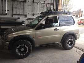 Faldones con Pernos Dmax Ford Mazda Vitara toyota