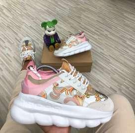 Zapatos versace chain dama