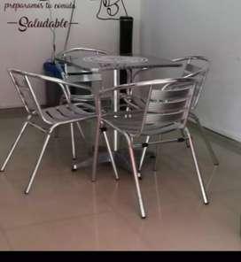 Juegos de mesas y sillas en aluminio