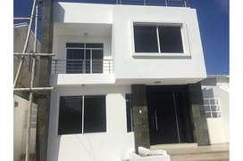 casa en alquiler urbanización privada zona sur manta