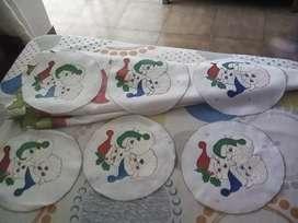 Vendo lindo mantel pintado navideño